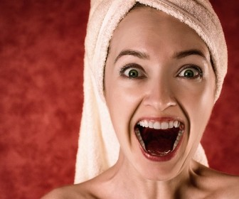 znaczenie snu Sen o wypadających zębach