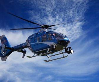 sennik Sen o helikopterze