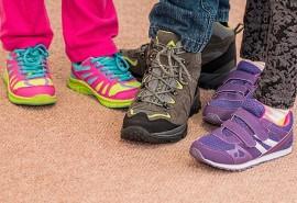 sennik Szukać butów